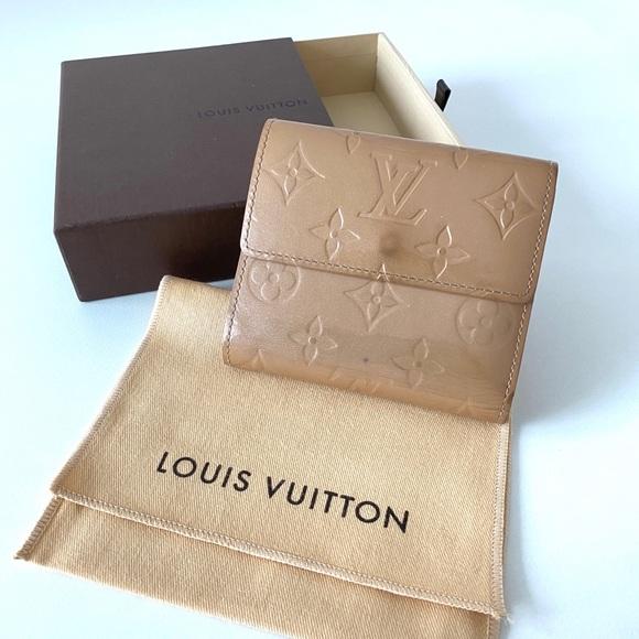 Louis Vuitton Vernis Beige wallet